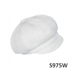 S975W - Sewn cap with a visor